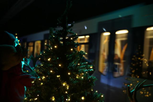 Åpning av juleutstilling på Valkyrie plass