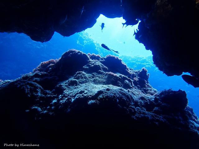 洞窟探検も面白い♪