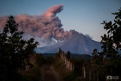 Volcanic Sunset - Atardecer Volcanico (Volcán de Colima, México)