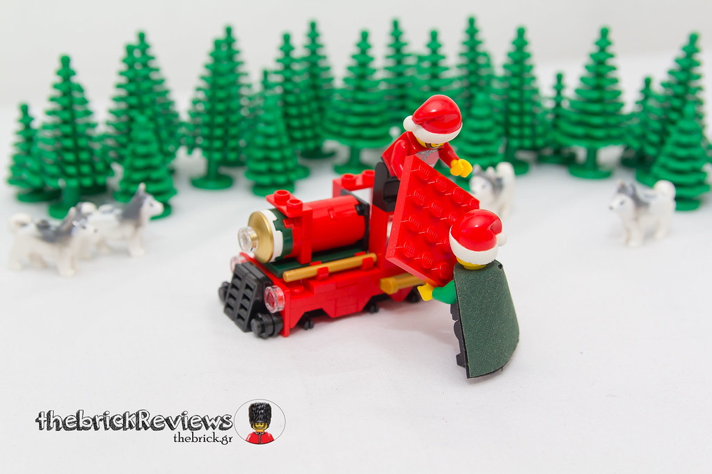 ThebrickReview: Christmas Train - 40138 - Limited Edition 2015 23423218920_d40a37a373_b