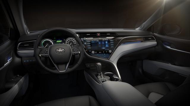 Toyota Camry (осма генерација)