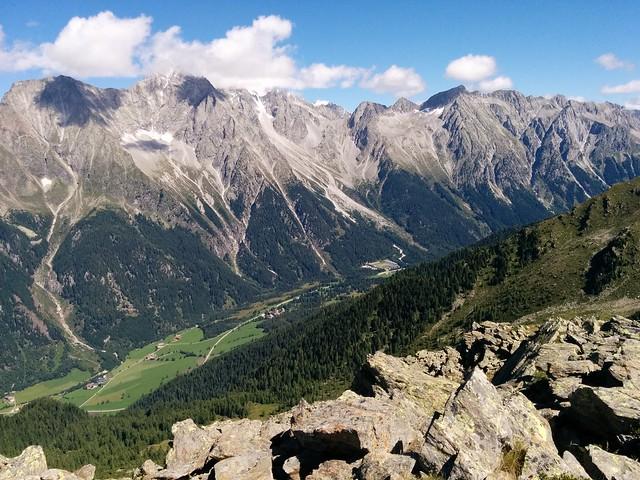 Ausblick vom Gipfel des Knebelstein