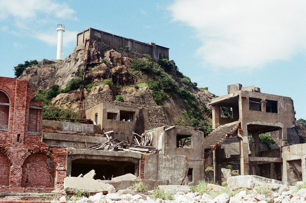 軍艦島(Gunkanjima)  端島 長崎港 Nagasaki 2015/09/07 軍艦島一景  Nikon FM2 / 50mm Kodak UltraMax ISO400 Photo by Toomore
