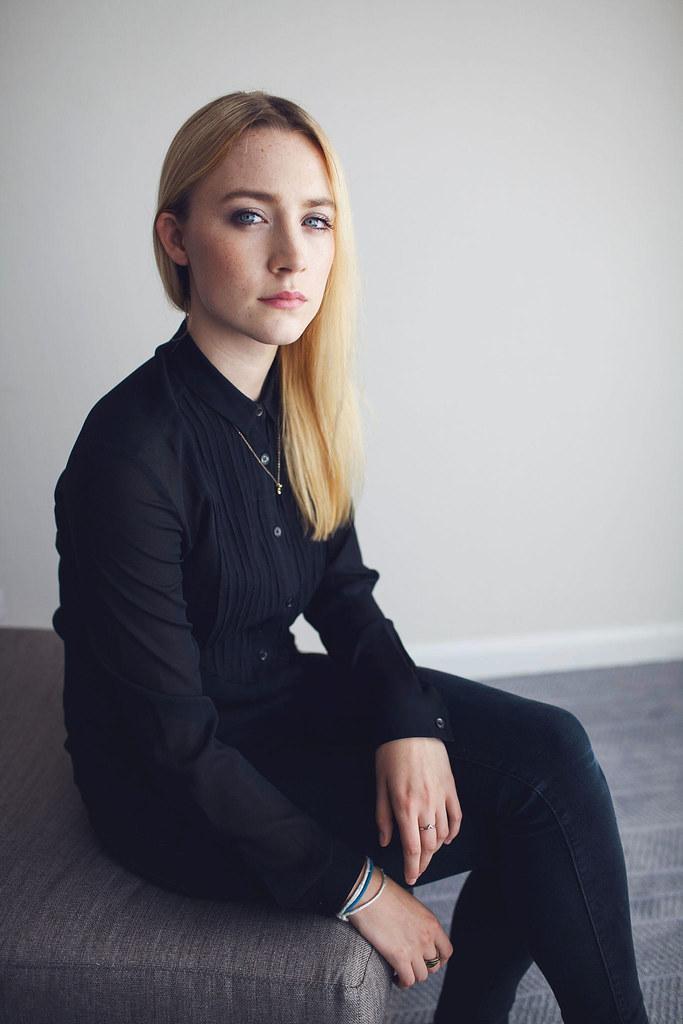Сирша Ронан — Фотосессия для «How I Live Now» на «TIFF» 2013 – 27
