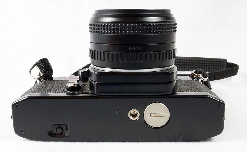 RD15023 Ricoh KR-5 SUPER 35mm SLR Film Camera XR Rikenon 50mm Lens, Sunpak Flash, Mustang Case DSC07466