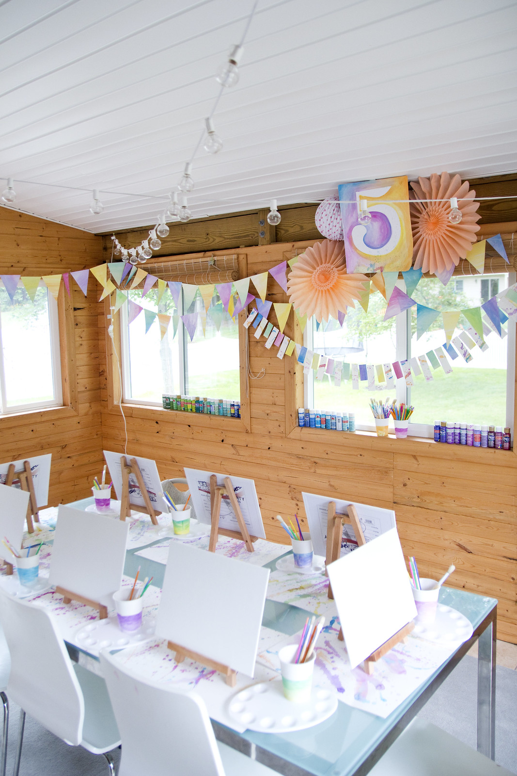 Little artist party happy 5th birthday rowan jen for 5th birthday decoration ideas