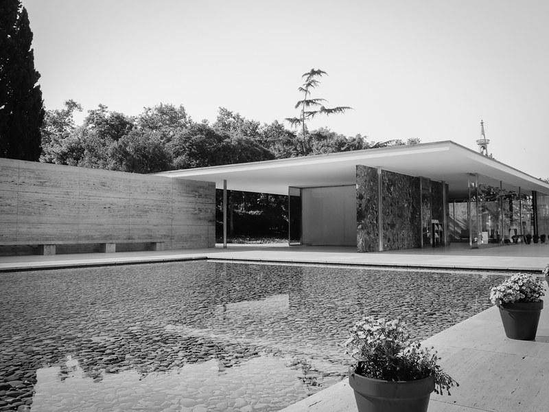 Mies van der Rohe Barcelona Pavilion
