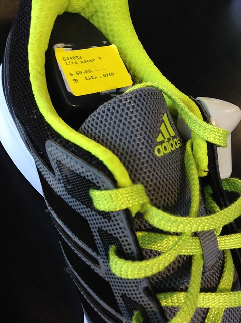 adidas shoes $38.5
