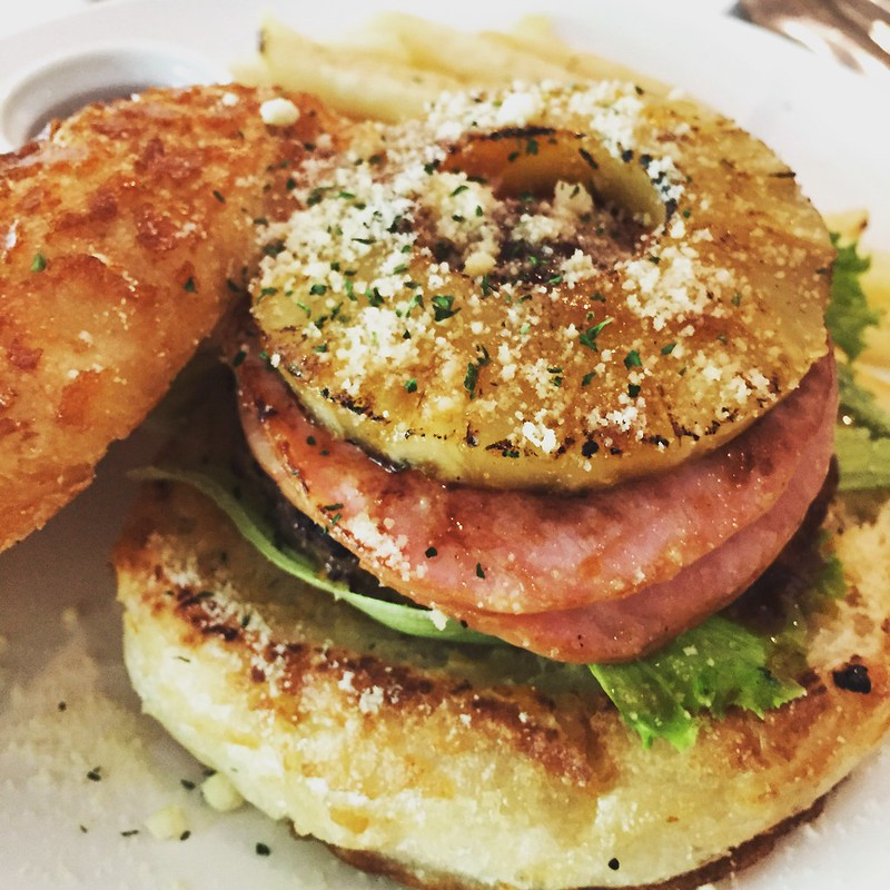 Hawaiian Burger @ Kuma Cafe