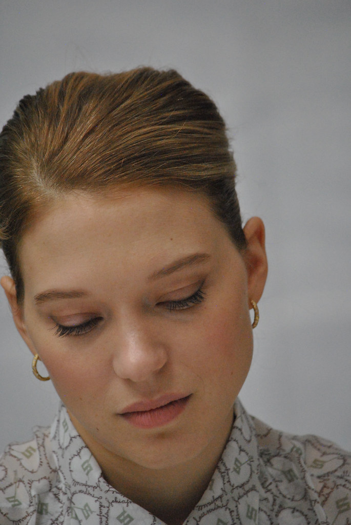 Леа Сейду — Пресс-конференция «007: СПЕКТР» 2015 – 43
