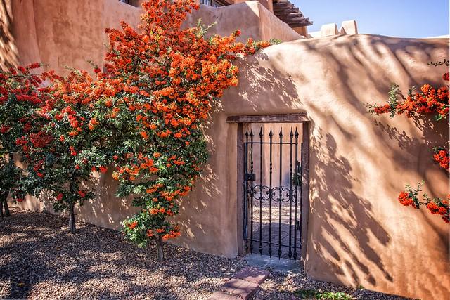 Santa Fe Gateway