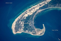 marine biology(0.0), wave(0.0), earth(0.0), atoll(1.0), sea(1.0), ocean(1.0), aerial photography(1.0),