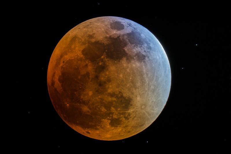 Total Lunar Eclipse 9/27/15 - Explored!