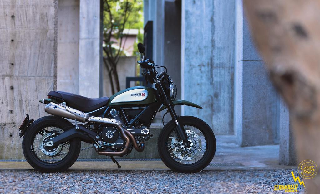 סופר 10 אופנועים אדירים שעברו לכם מתחת לרדאר · בלייזר RZ-58