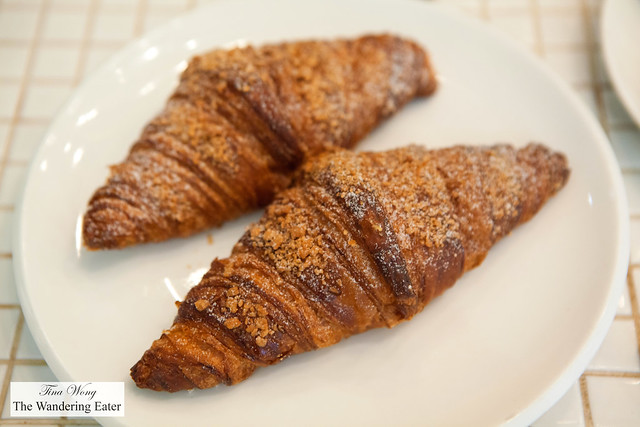 Molten egg yolk custard croissants