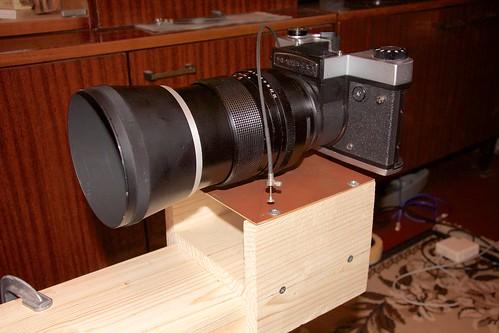 Оптическая скамья для настройки фототехники: текстолитовый столик