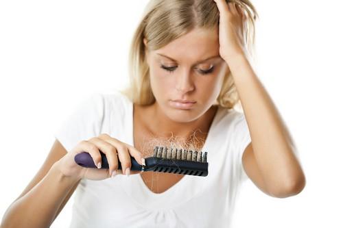 Лікарі назвали найшкідливіші зачіскидляволосся