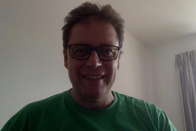 glasses (non ar)