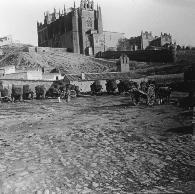 Vistillas de San Agustín y San Juan de los Reyes hacia 1910. Fotografía de Arturo Cerdá y Rico © Centro de Estudios Giennenses, Diputación de Jaén