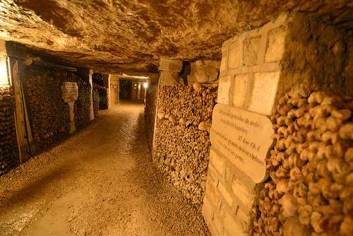 Catacombes de Paris hold the remains of 6 million people