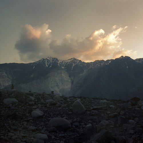 lake mountains color 120 6x6 film analog sunrise asia german 1991 tajikistan kiev pamir orwo orwochrom kiev6c sarez