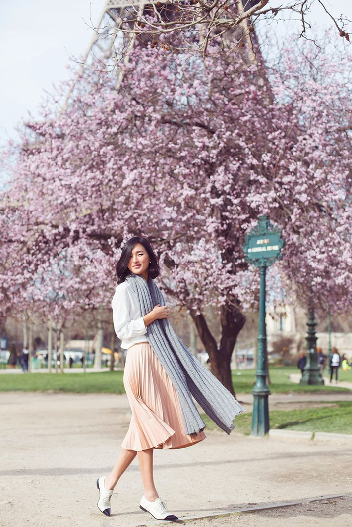pleated skirts midi streetstyle outfit inspiration1