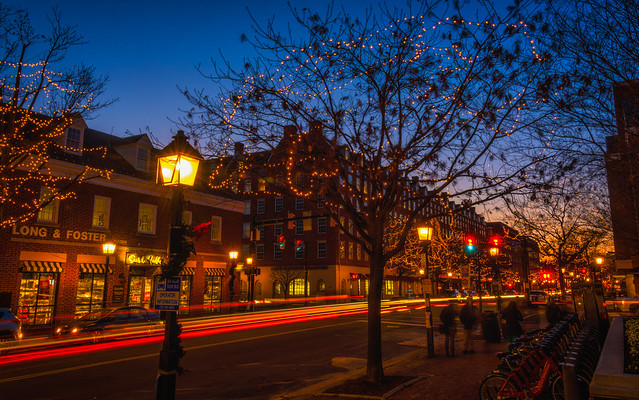 Holiday Sparkle in Old Town
