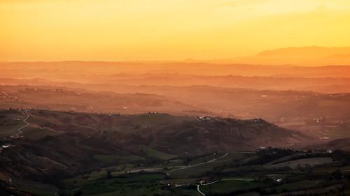 sunset italy castle sunrise san italia tramonto alba cielo colori marino forte rsm caastello vallate guaita