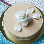 Торт покрытый кремом гладко