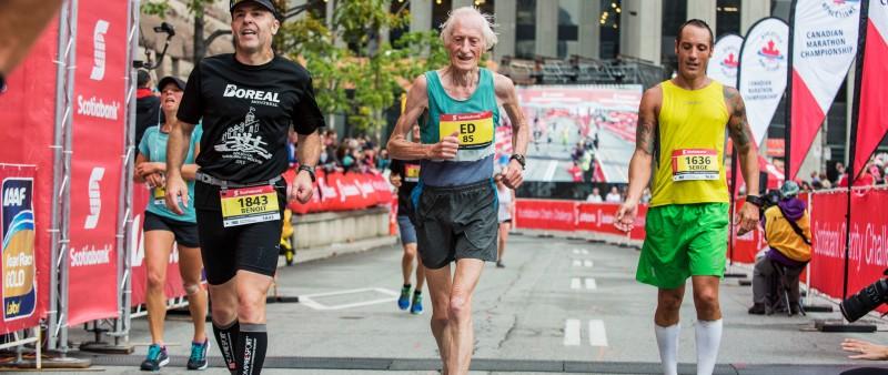 Zemřela maratonská legenda Ed Whitlock
