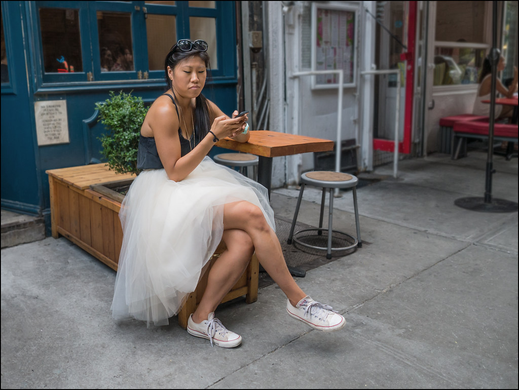 SS8-15  10w white long ballerina skirt dark grey camisole converse low tops.