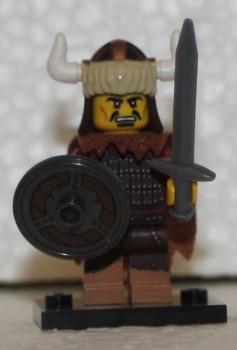 LEGO 71007 02