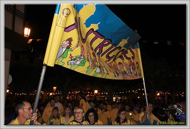 Minuto de silencio en memoria de Pedro Villar y desfile de peñas (12)