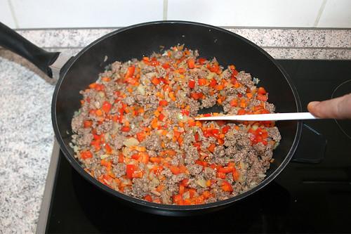 28 - Möhren & Paprika anbraten / Fry carrots & bell pepper
