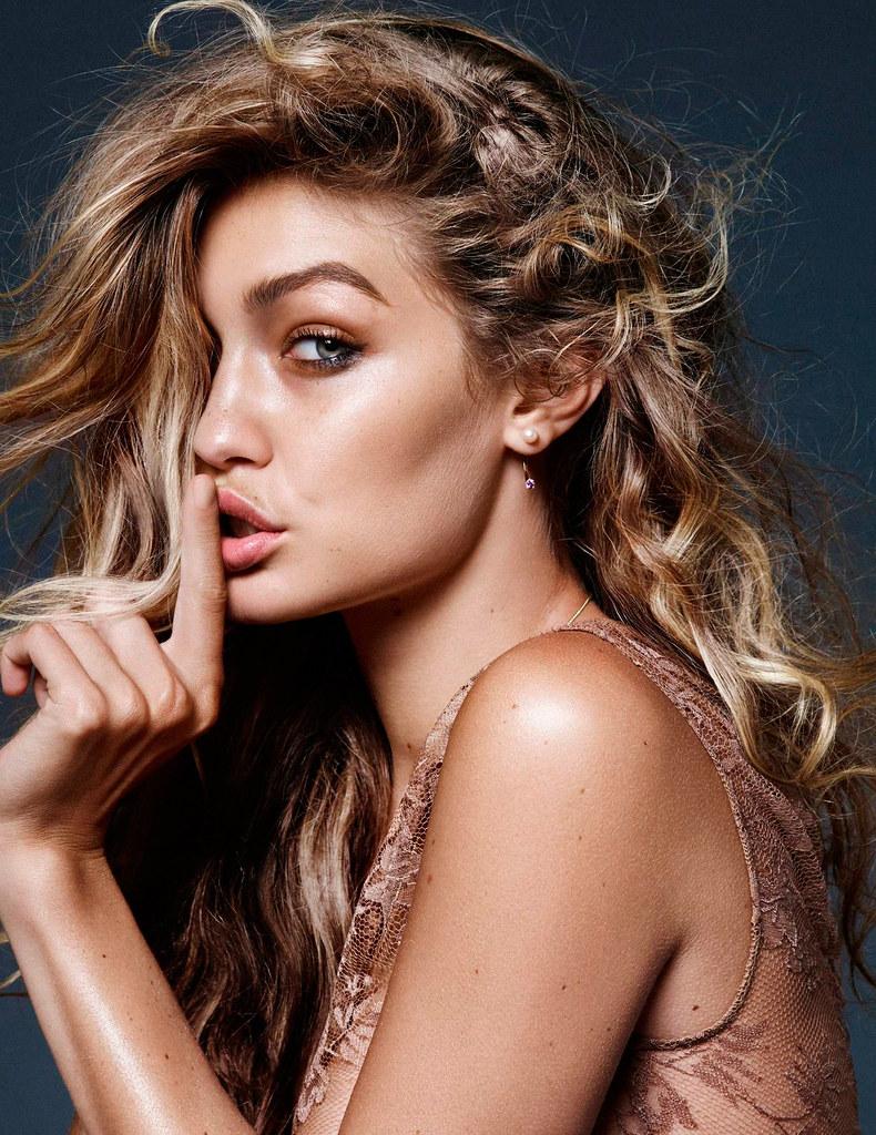 Джиджи Хадид — Фотосессия для «Vogue» NL 2015 – 7