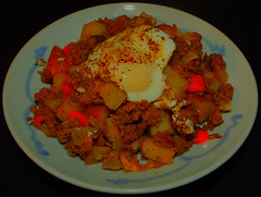 Skillet Ground Beef & Potato Hash