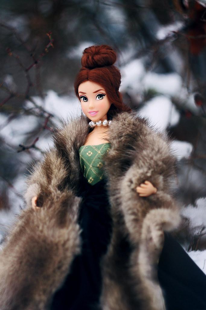 Disney Store dolls Belle 2013