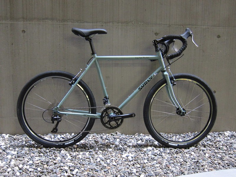 SURLY LHT Cloudy Coral 01