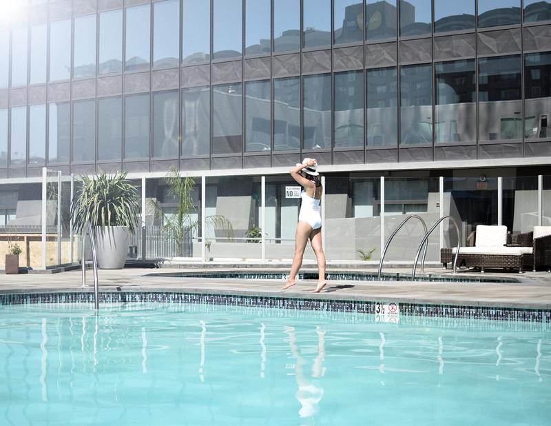 Poolside (3)