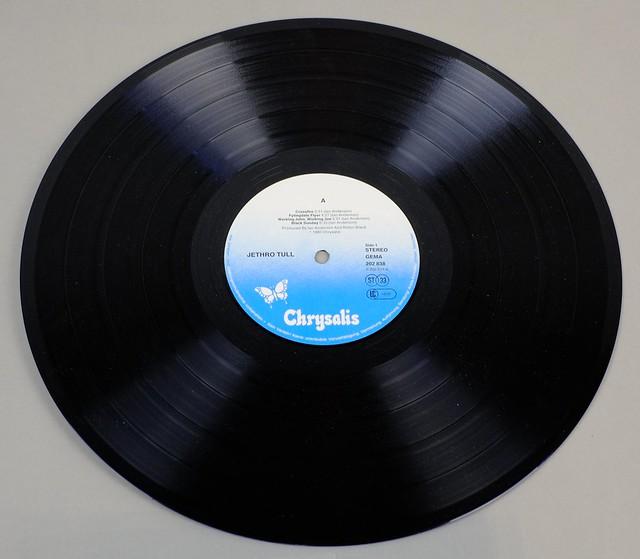 """JETHRO TULL A 12"""" LP ALBUM VINYL"""