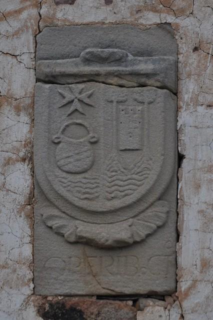 Henestrosa de Las Quintanillas (Valdeolea-Cantabria). Escudo