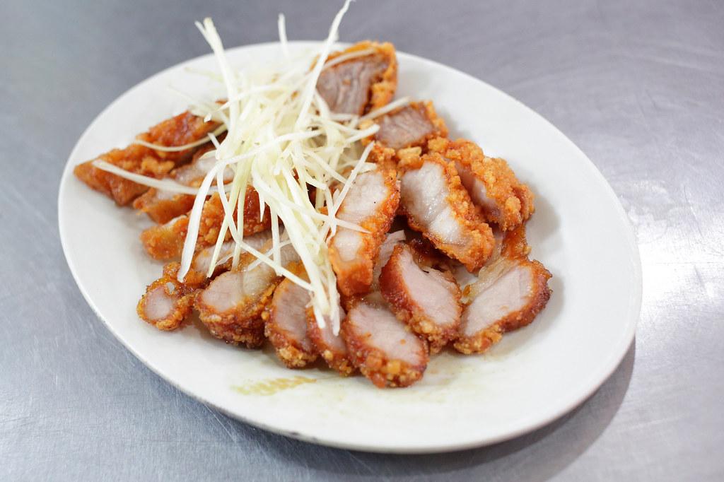 20151104板橋-天下牙醫前紅燒肉 (9)
