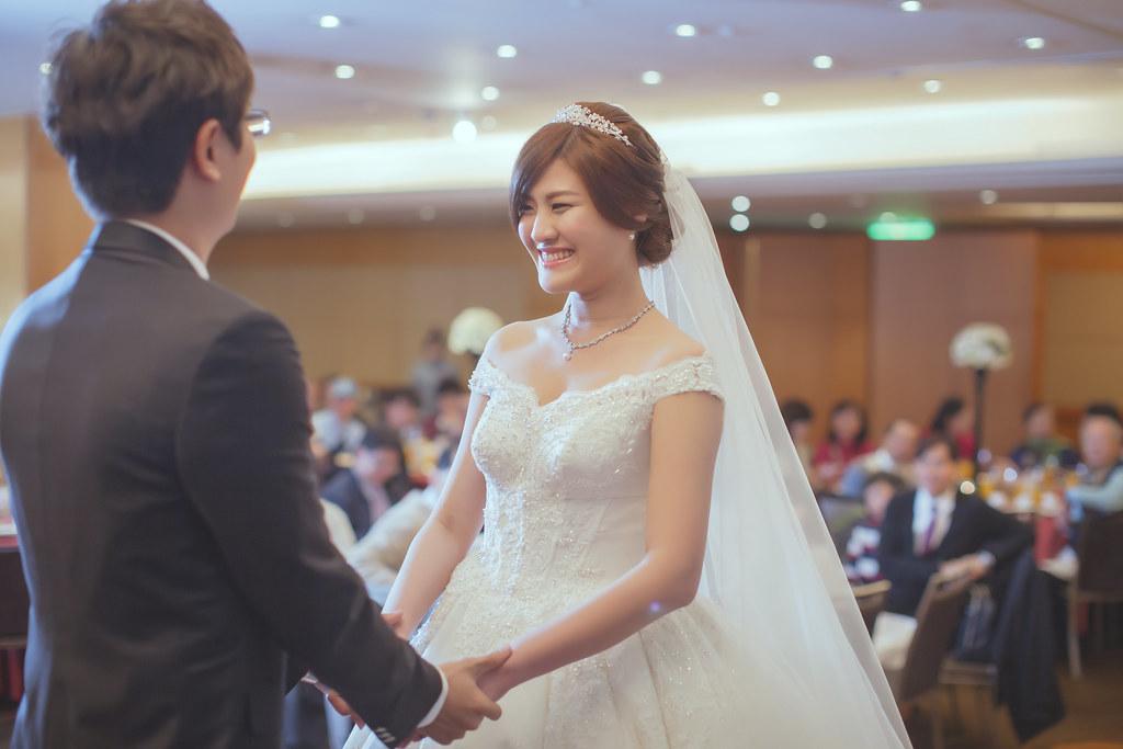 20150228六福皇宮婚禮記錄婚攝 (280)