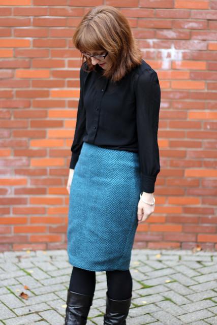 Freehand Fashion Pencil Skirt