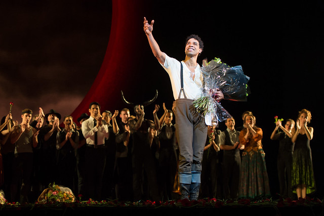 Carlos Acosta takes his curtain call after the final 2015/16 performance of Carmen © ROH. Photo by Ian Gavan, 2015
