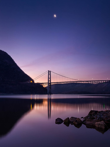 fortmontgomery anthonysnose sunrise calm serene dawn mountains newyork hudsonriver highlandfallsny hudsonrivervalleynationalheritagearea scenichudson river tranquil minedockpark bridge bearmountainbridge hudsonvalley