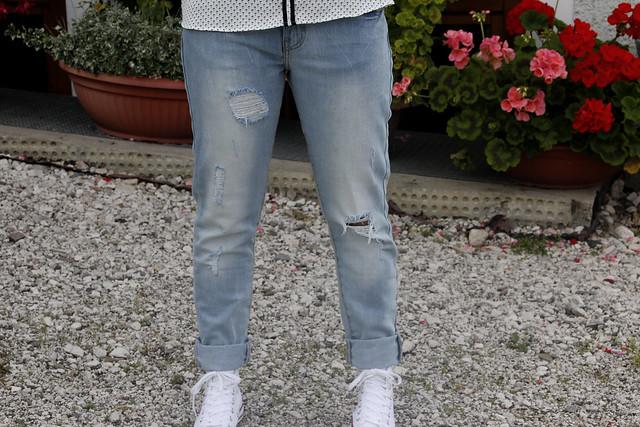 ootd 2 jeans