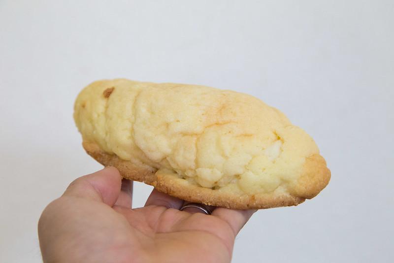 塩パン-2