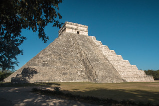 Εικόνα από Chichen Itzá κοντά σε San Felipe Nuevo. 2017 mexico yucatan january winter mayan chichenitza ruins mexique estadosunidosmexicanos pyramidofkukulkan mexiko 墨西哥 pyramides pyramid