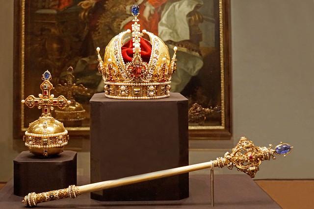 Austria-03349 - Royal Items